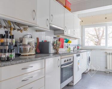 Apartamento T2 com acabamentos de qualidade, nos Olivais Sul