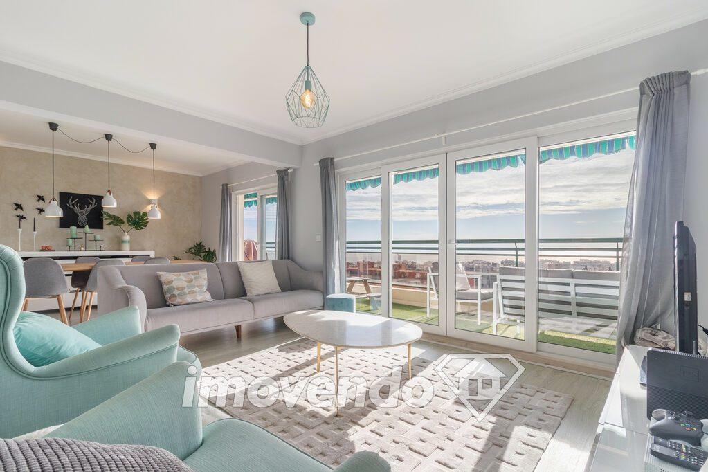 Apartamento T3 em Oeiras, Oeiras com 141 m<sup>2</sup> por €570.000