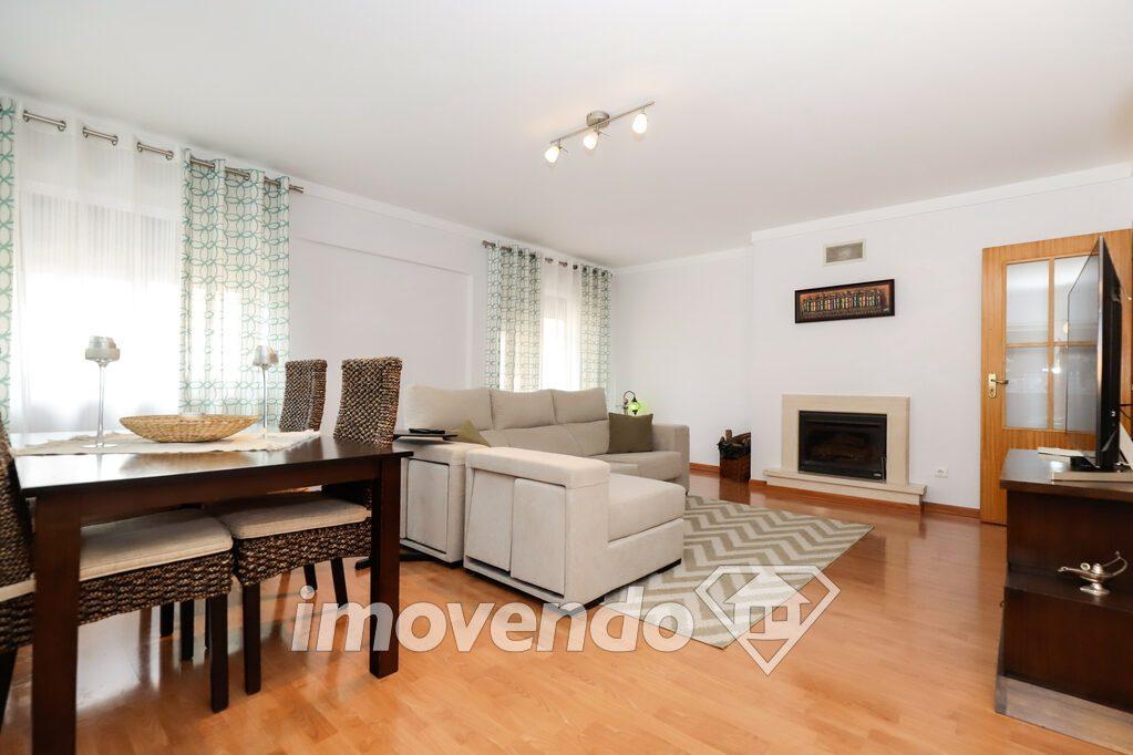 Apartamento T4 em Setúbal, Setúbal com 179 m<sup>2</sup> por 230.000