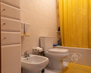 Apartamento T2, com garagem ampla e localização privilegiada em Braga